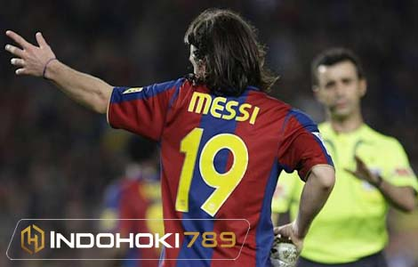 Lionel Messi Pakai Nomor 19 di PSG